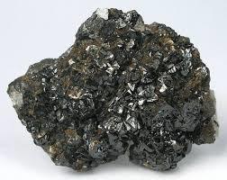 含微量贵金属的钙钛矿类活性材料光热分解H2O和/或CO2的方法